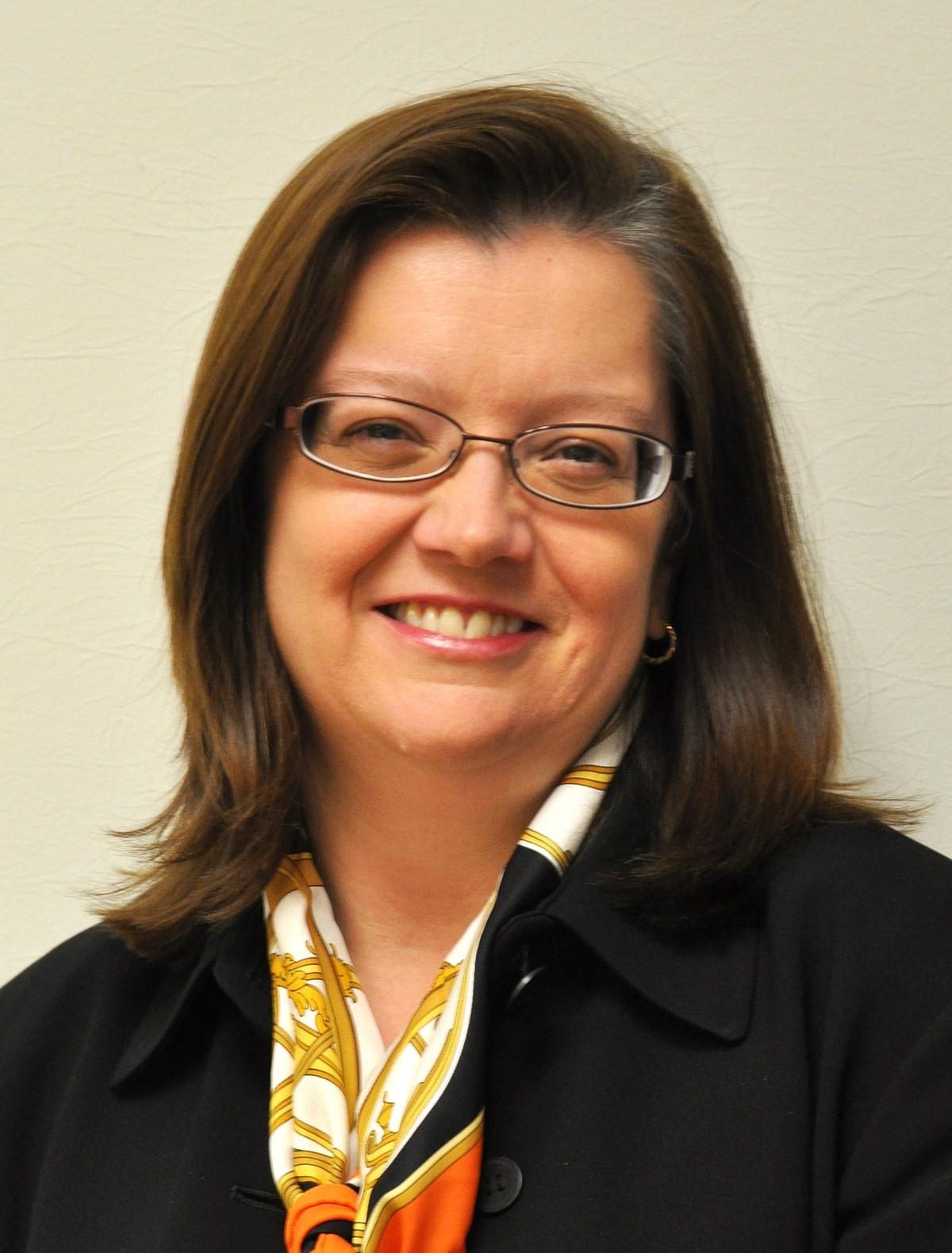 Elizabeth Cordeau-Chatelain, BA, CEC